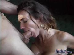 Elle gives a blowjob